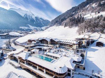 Stock Resort Finkenberg Zillertal